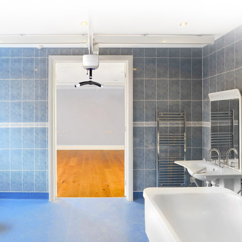 Baths and Hoists in the Home